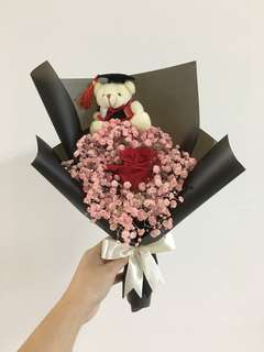 Red rose with pink baby breath in korean black wrapping birthday flowers / graduation bouquet