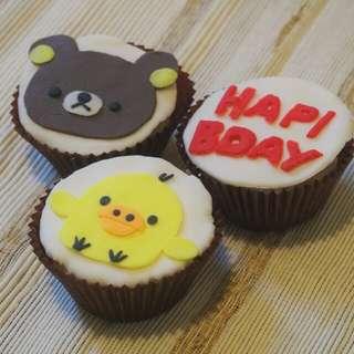 鬆弛熊cupcake