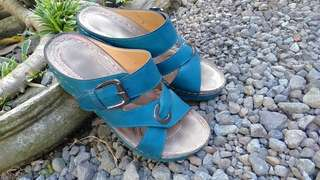 Wedges Fladeo size 37 tosca