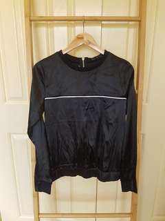 Maniere de voir satin black top