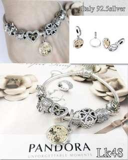 Pandora bangle with 7 charms