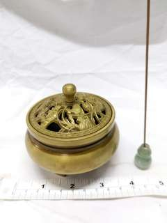 四寸銅香爐加送一個緬甸a玉小葫蘆插座, 10支名貴沉香枝