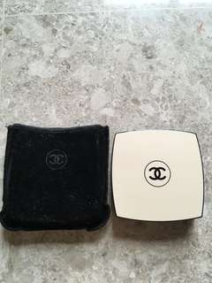 Chanel LES BEIGES /with Pouch