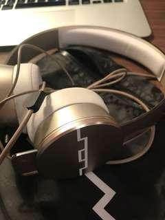 Sol republic headphones rosegold