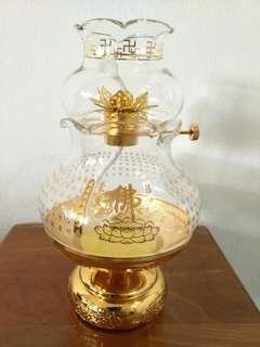 Crystal oil lamp