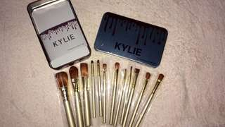 Kylie Set of Brushes