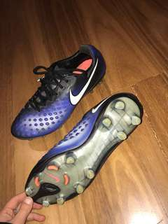 Nike soccer boots size 8.5