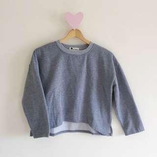 🚚 灰色圓領內刷毛短版大學衛衣