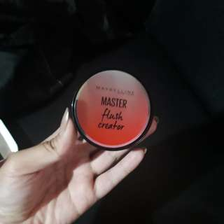 Maybelline blush on Master flush Creator