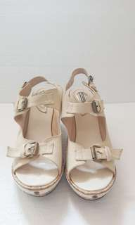 [PRELOVED] UP Shoes by Diana Rikasari