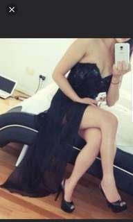 strapless black dress spilt