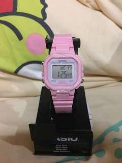 Casio 粉紅色防水電子手錶