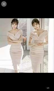 Off shoulder long dress nude