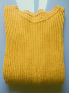 YELLOW Sweater Finger Knit / Sweater Kuning