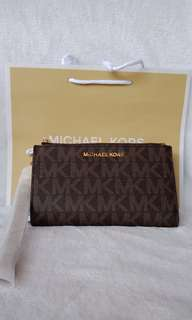 Sale: Authentic Michael Kors Jet Set Travel wristlet