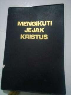 Buku Mengikuti Jejak Kristus