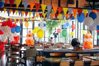 Looking for Party Decoration Services