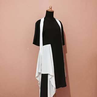 Black N White Drape Midi Dress