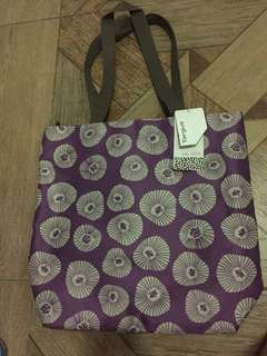 SALE:  TARGUS bag with pad for computer