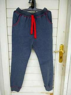 Celana training sisa export, size  L, XL besar
