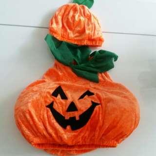 Halloween pumpkin costume