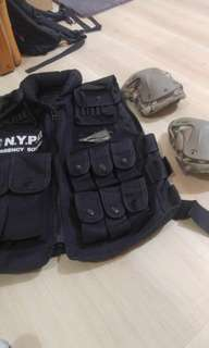 Airsoft police vest with knee pads