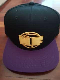 🚚 Hoops Factory Snapback Cap