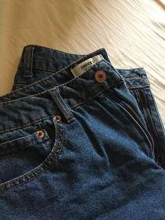🚚 forever 21當季水洗懷舊古著反折牛仔褲