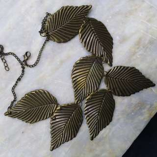 Leaf Hippie Necklace