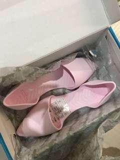 Pink 'Audrey' ballet flats