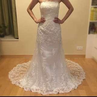 拖尾婚紗 蕾絲婚紗 進場 註冊 婚紗