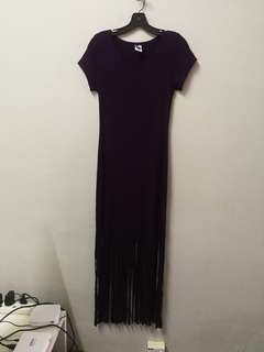 Stretchable purple dress with fringe