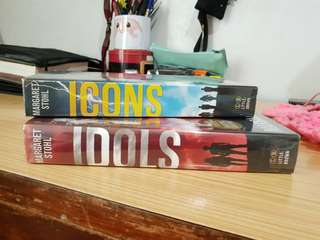 Margaret Stohl Bookset (Icons and Idols)