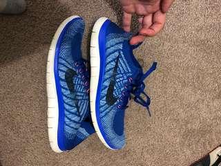 Nike Free 4.0 Fly Knit size 7.5