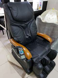 Gintel massage chair