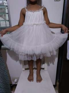White sheer dress 4 to 6 yo