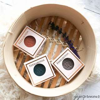 Ferra Rossa Eye Shadows