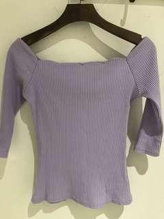 🚚 降👏🏻Air Space 今年最in紫色一字領合身上衣