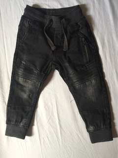 H&M Kids Jogger Pants size 1 1/2 to 2 yrs old