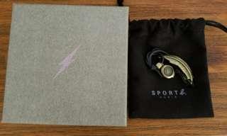 Agnes b Sport b. 羽毛系列手繩