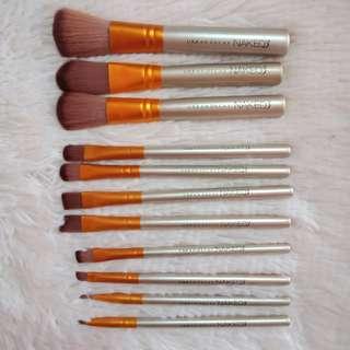 Naked 3 Urban Decay 12pcs Makeup Brush Set