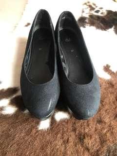 H&M platform shoes