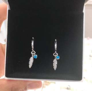 Pandora ( earrings)