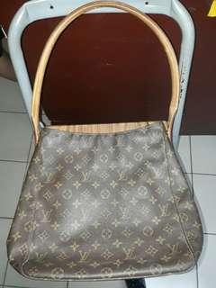 Louis Vuitton Gm Loopin Shoulder Bag Authentic