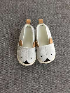 H & M BN baby shoes