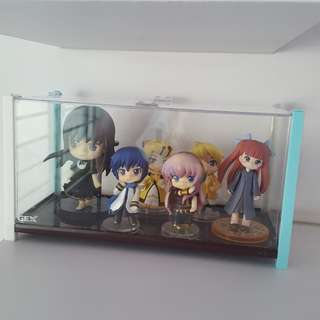 Anime Figurine. Total 6 pieces in acrylic box