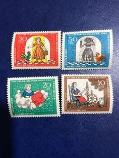 1967 德國柏林童話 荷爾太太郵票 4全