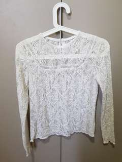 White long sleeve crochet top