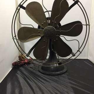 Antique- table fan