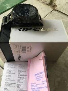 Ripcurl  cortez 2 xl ori 100 % lengkap dengan kotak, buku dan nota pembelian